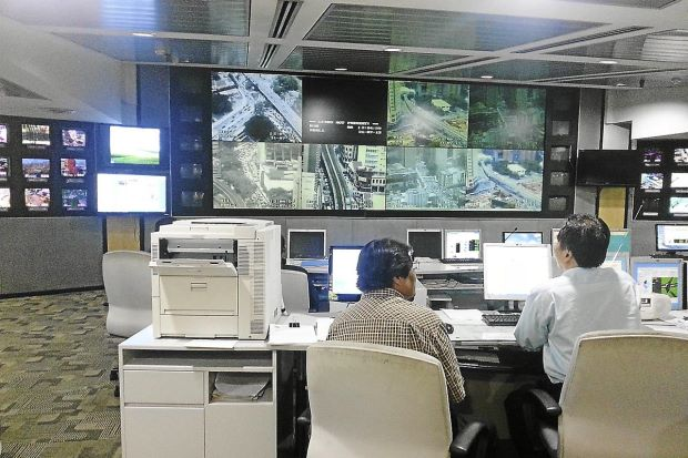 Motorists Want Change In Kuala Lumpur Traffic Lights Control System Mesmerizing Control Room Furniture Property