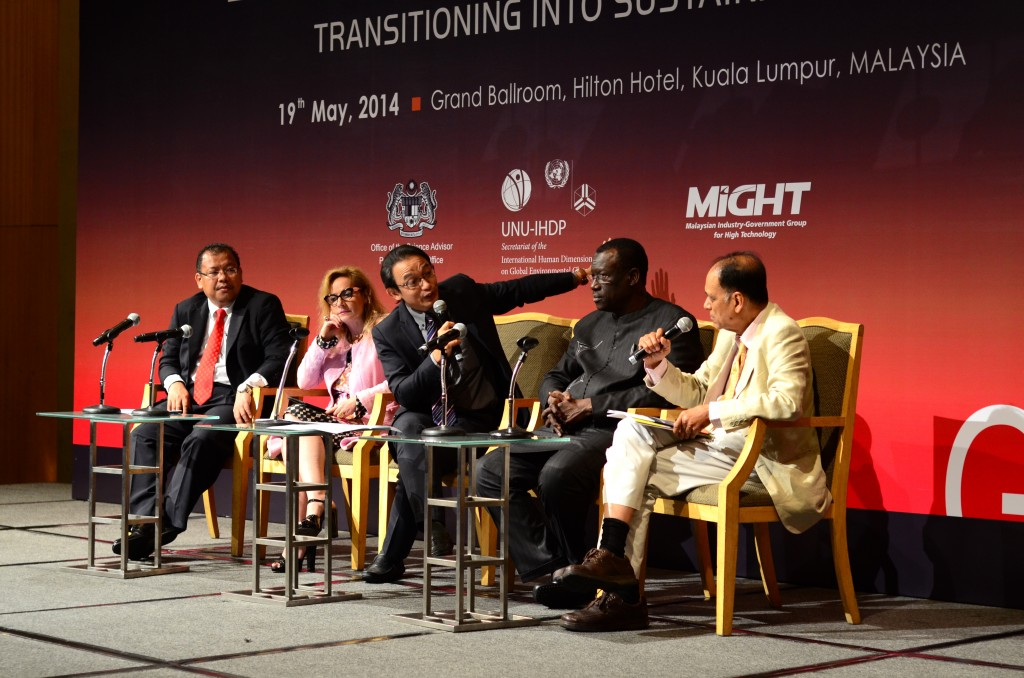 Beyond GDP Symposium's panel of experts: (from left) Universiti Kebangsaan Malaysia (UKM) Vice Chancellor Professor Datuk Dr Noor Azlan Ghazali, School of Business Administration of São Paulo Professor Ligia Maura Costa, ASTRO Host Kamarul Bahrin, Chairman of Africa Sustainability Centre (ASCENT), and University of Cambridge's Professor Emeritus Sir Partha Dasgupta.