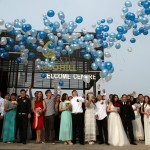 The 28 couples celebrating their wedding by releasing balloons in the Setia EcoHill Park, Semenyih. - Photos by ROHAIZAT DARUS