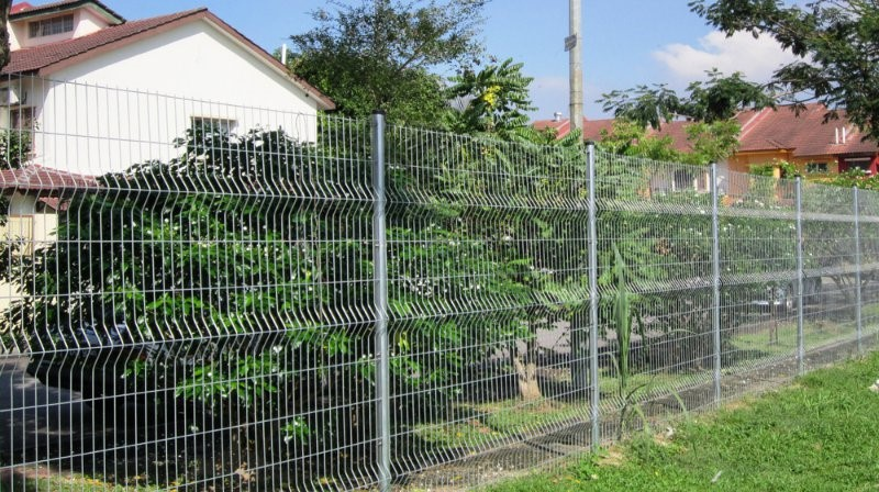 G&G housing area requires perimeter fencing or walls.