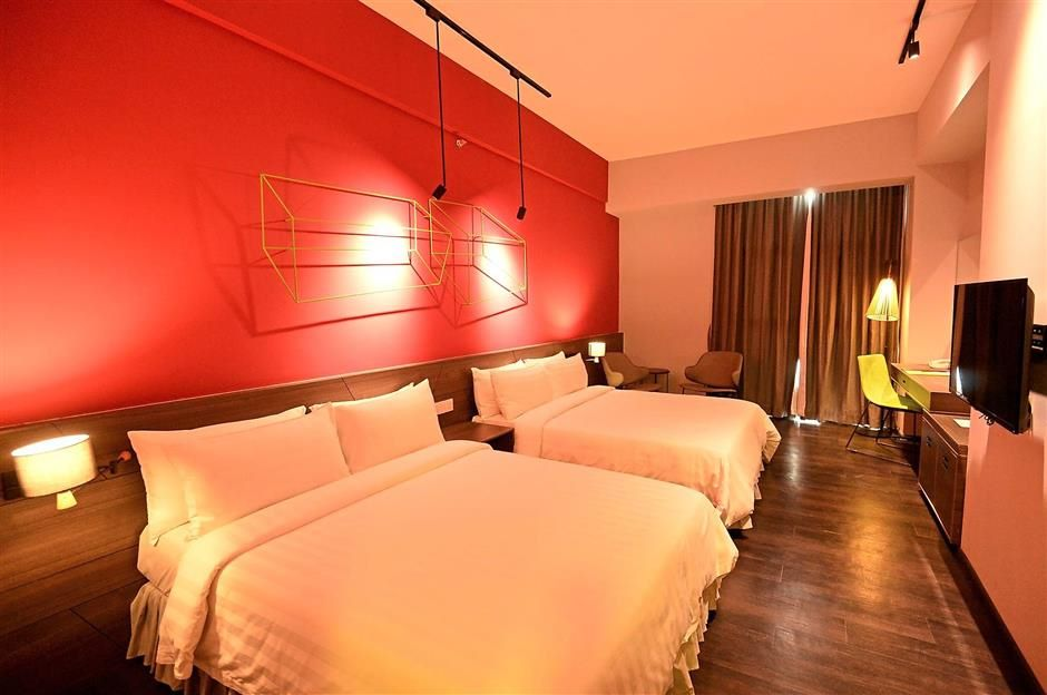 The KIP Hotel KL executive rooms have two queen-sized beds.